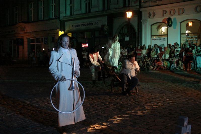 teatr-voskriesinnia-fiesta-04